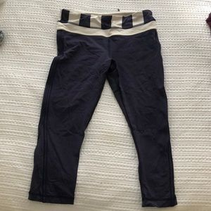 lululemon athletica Pants - Cropped Lululemon workout pants